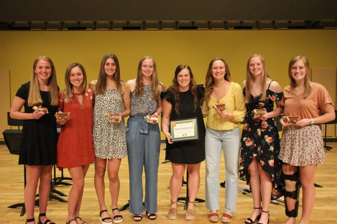 Geneseo Lady Leafs recently celebrated their season that included clinching the WB 6 conference title. Players receiving awards are, from left, Danielle Beach, Reboot Award; Ali Rapps, Lock Down Award; Annie Wirth, Glass Cleaner Award; Abbi Barickman Lady Leaf Award; Faith Henderson, Warrior Award; Kammie Ludwig, Most Valuable Player; Maddi Barickman, Rock Award; and Lily Wiese, Most Improved Player.