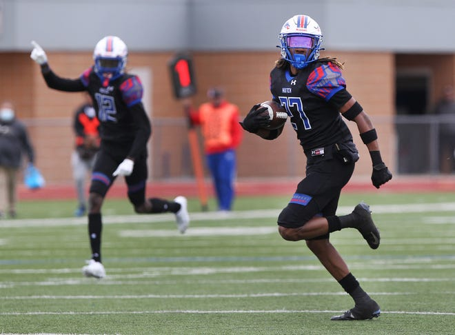 Hutchinson's Marquise Gilbert (27) ran the length of the football field for a touchdown during their game against Highland Sunday afternoon at Gowans Stadium. HCC defeated Highland 77-7.