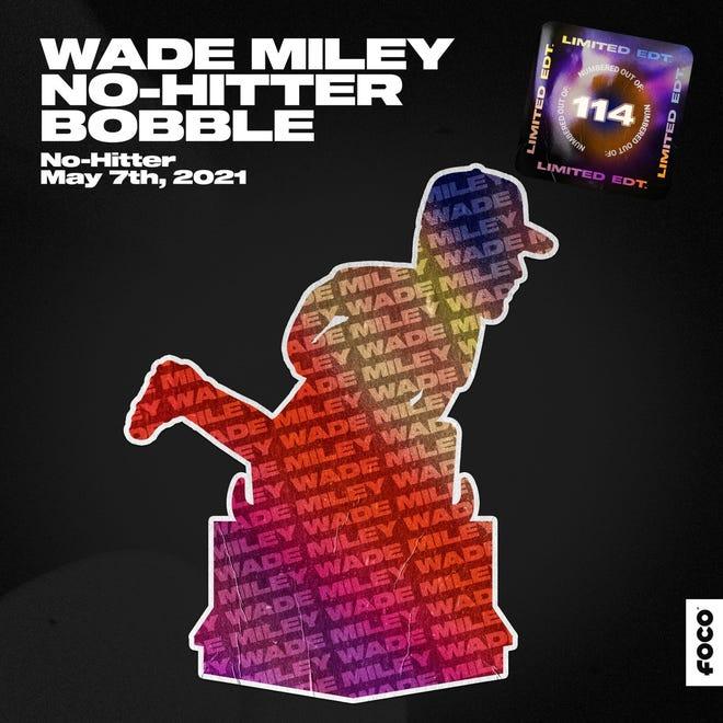 Wade Miley no-hitter bobble