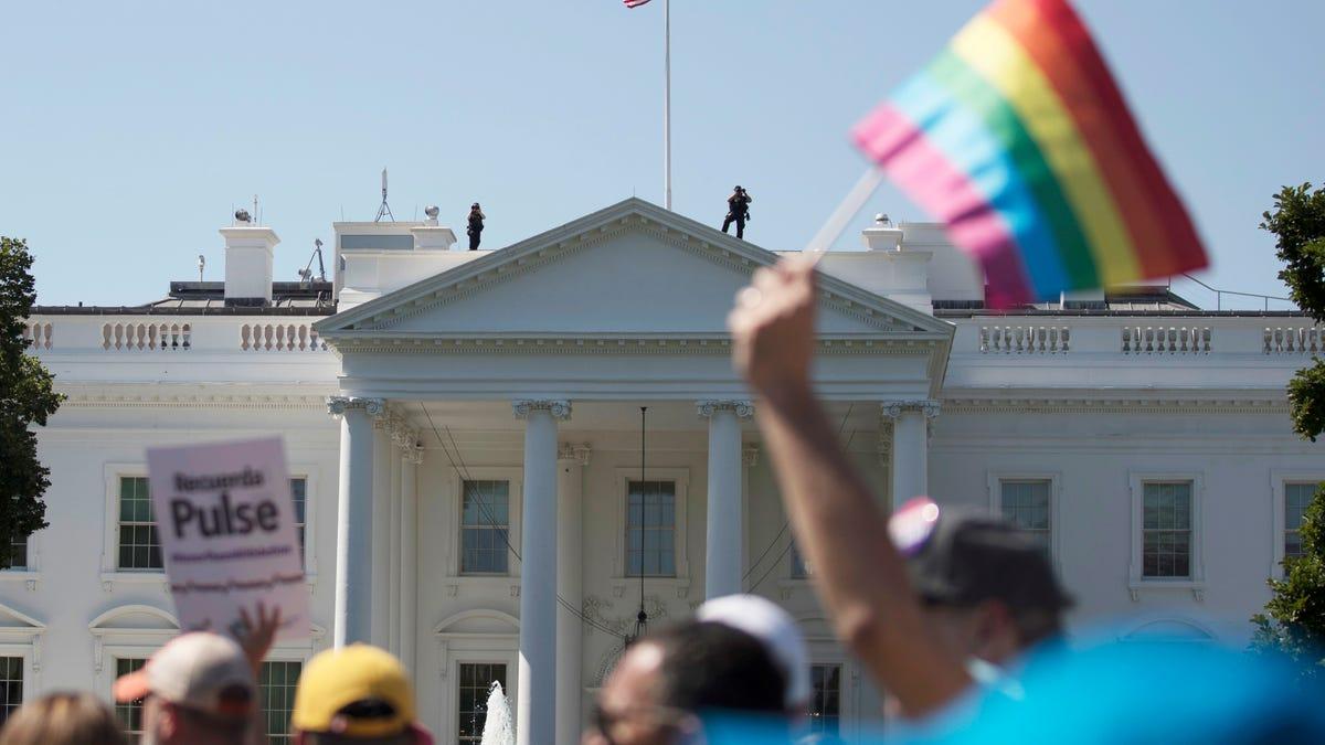 Reversing Trump, US restores transgender health protections 1