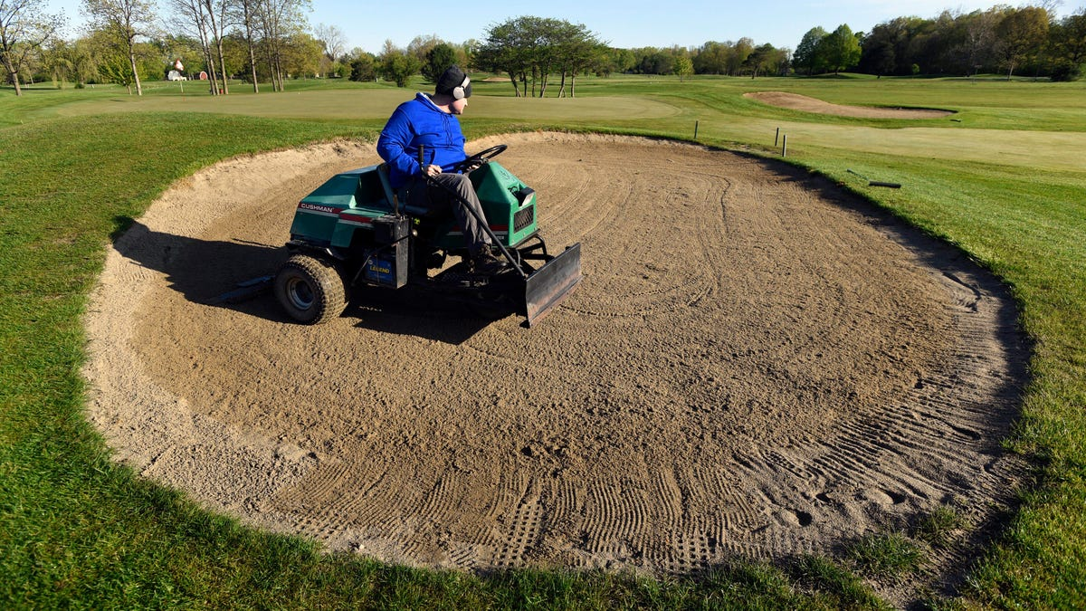 Here's why Michigan golfers must get used to sub-par course conditions 1