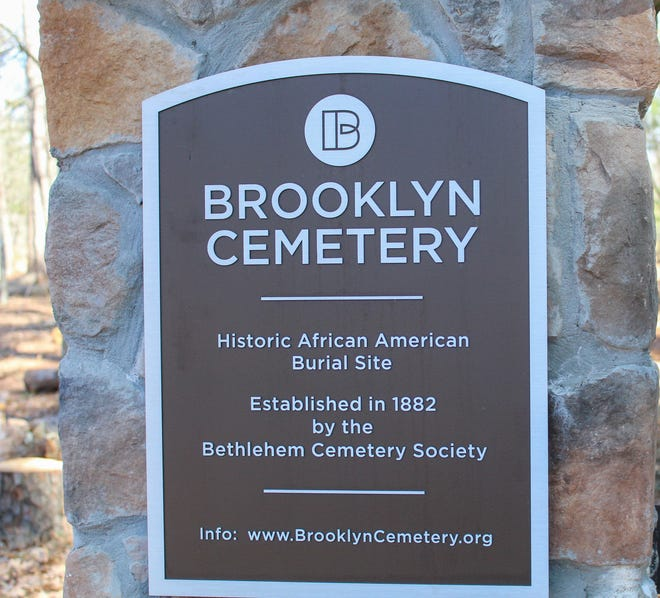 Brooklyn Cemetery is a historically Black cemetery that was originally established in 1882 but fell into disrepair in the 1980s. In 2006, Linda Davis and Karl Scott founded the Friends of Brooklyn Cemetery in an effort to reclaim the cemetery and maintain it.