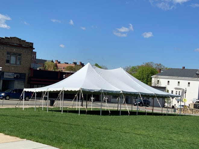The first of three outdoor dining tents has been erected in downtown Gardner in the Maki lot across from the Gardner Ale House. Tents will also go up in Bullnose Park and behind the former G-Vegas Cafe on West Lynde Street.