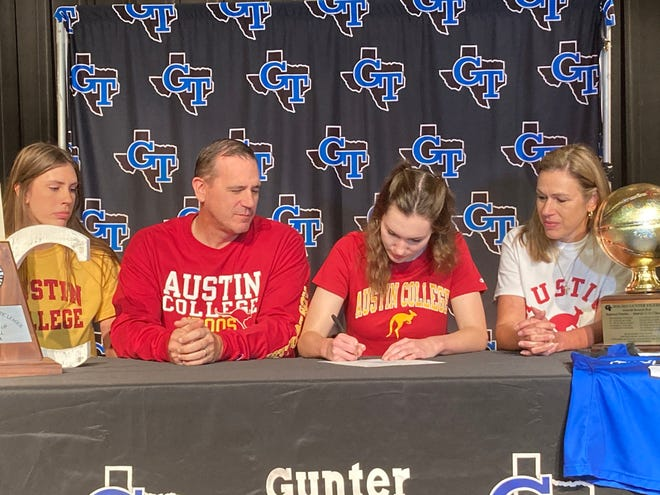 Gunter's Sarah Putnicki is headed to Austin College to play basketball after a standout career for the Lady Tigers.