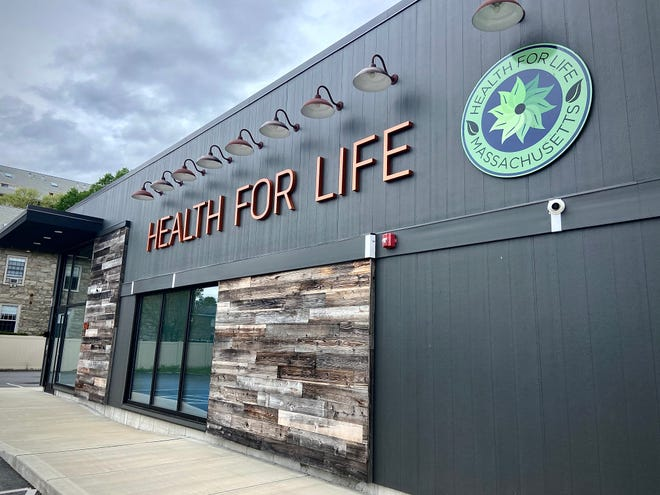 Health For Life marijuana dispensary on Hartwell Street could open before the end of 2021