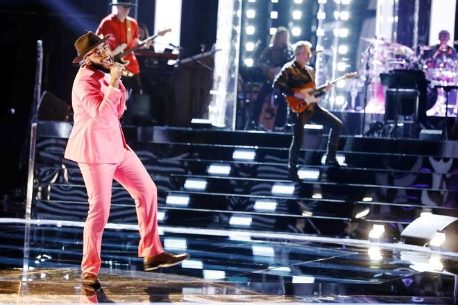 """Peoria High School graduate Victor Solomon performs live Monday night on """"The Voice"""" on NBC-TV. Solomon is one of 17 contestants eligible to win $100,000 and a recording contract."""