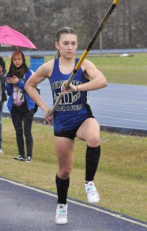 DeRidder's Cameron Mount won fourth place in the girls' pole vault on Saturday in the Class 4A state track and field meet in Baton Rouge.