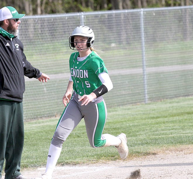 Kara Swan of Mendon rounds third and heads home to score a run for the Lady Hornets on Monday evening.