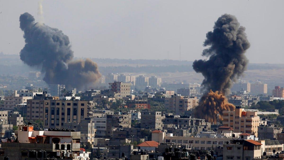 Israel, Hamas trade deadly fire as confrontation escalates 3