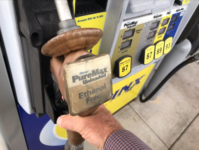 Gas pump at an Anderson Spinx on May 11, 2021