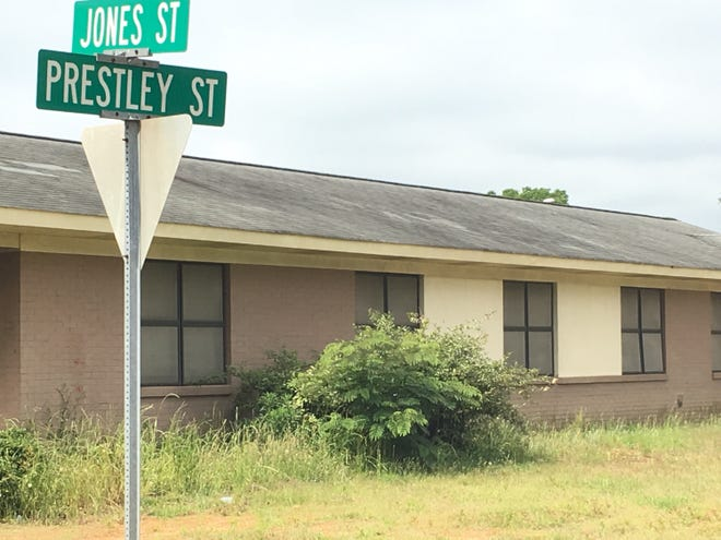 The shooting occurred on Prestley Street, which is across the street from Prattville Junior High School.