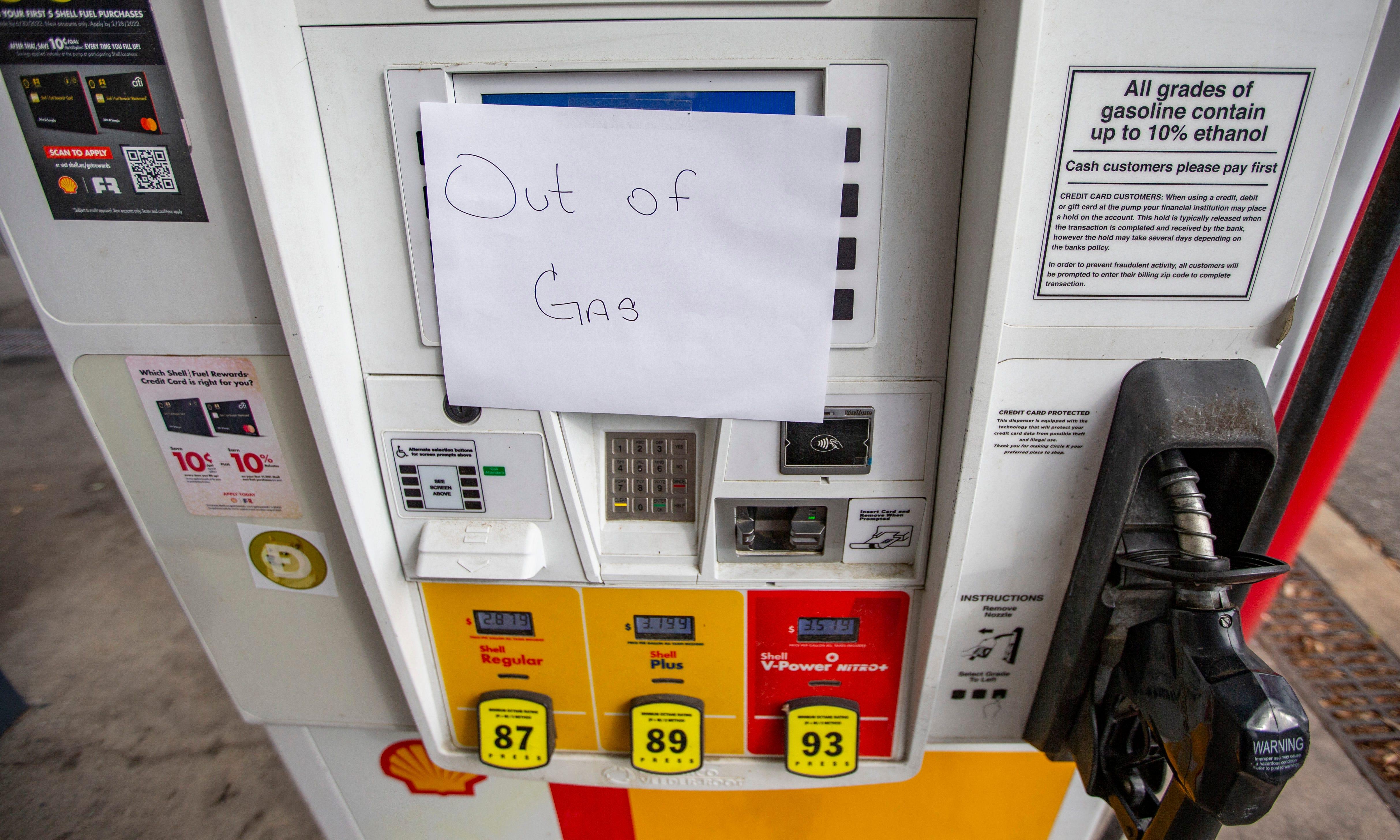 Gov. DeSantis declares state of emergency over gasoline supply in Florida 3