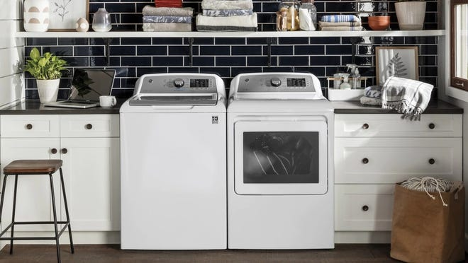 This GE top-loading washing machine is our favorite of its kind because of its simple interface and large capacity.