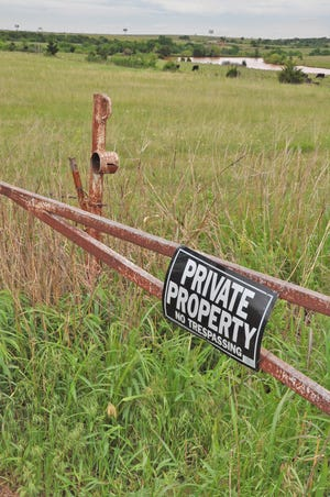 """Prominent private property signage helps farms protect against disruptive activities. """"Make sure no matter where you are standing on your property you can see a no trespassing sign,"""" advised Jim Naugle, an assistant sheriff in Sonoma County, California, during the annual Animal Ag Alliance summit."""