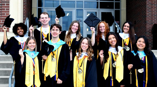 In spite of challenges caused by the nation's worst pandemic in history, Denison High School's Class of 2021 graduating seniors are looking forward with great excitement to Saturday May 22nd at 8:30 p.m. when they'll make the time-honored trip across Munson's historic graduation stage to proudly accept their diplomas