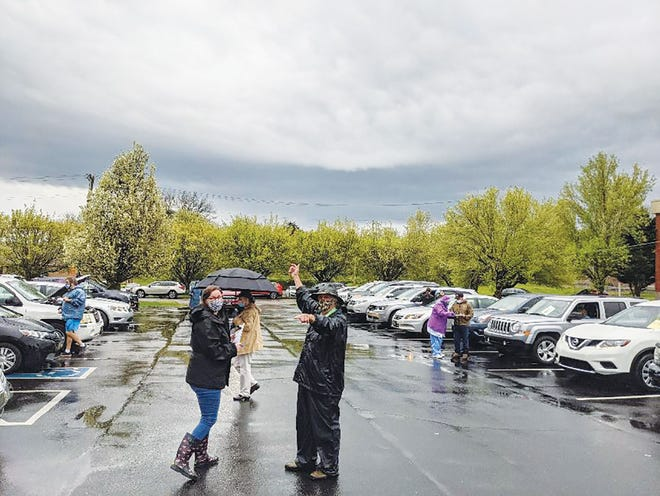 Bad weather didn't stop a recent Drive-in COVID-19 Vaccine Clinic at Munsey's Pharmacy.