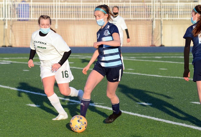 Dana Cole scored unassisted and added a pair of assists to stay active on the offensive end in a 7-1 win over Alpena on Tuesday.
