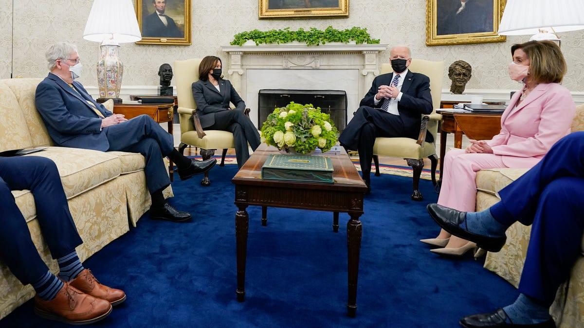 Biden and Congress face a summer grind to create legislation 3