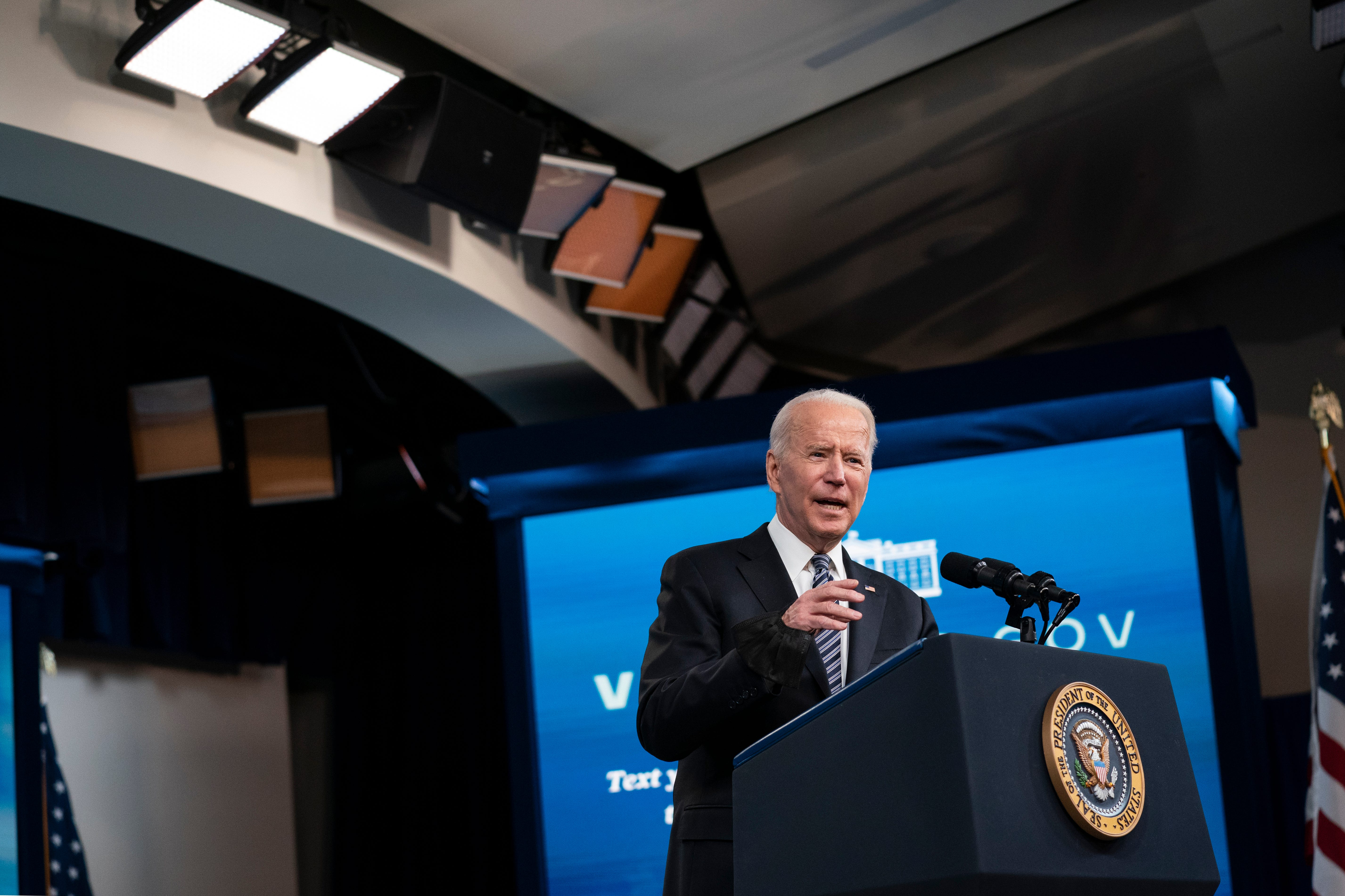 Biden team moves swiftly to tackle pipeline political peril 2