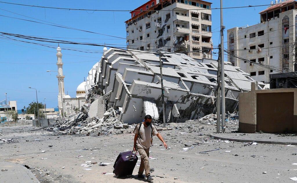 Dozens killed in Mideast conflict that recalls 2014 Gaza war 2