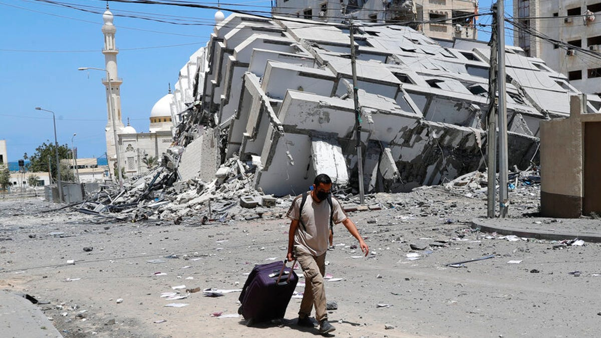 Dozens killed in Mideast conflict that recalls 2014 Gaza war 3