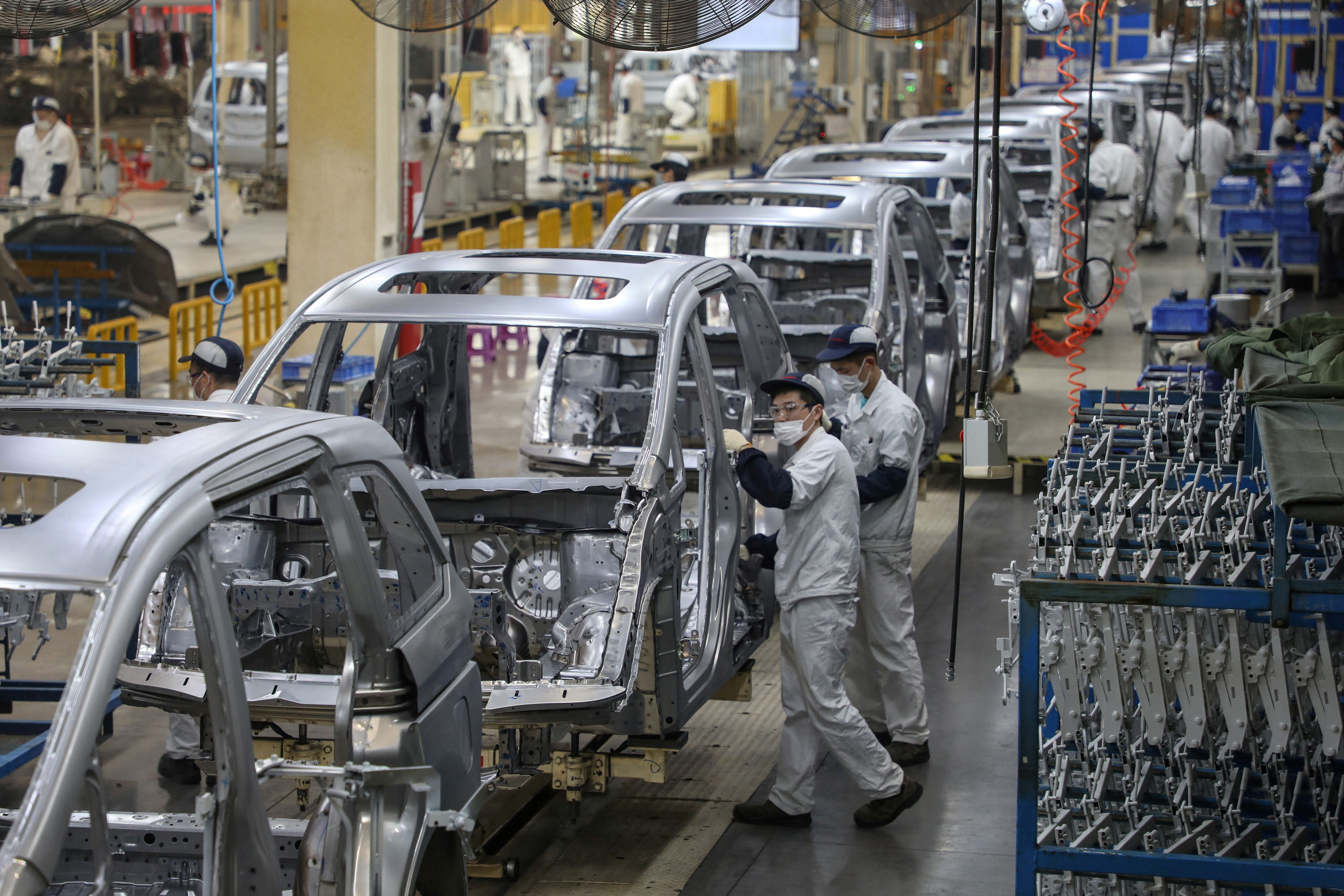 China's EV lead is widening. How that's bad for Detroit 2