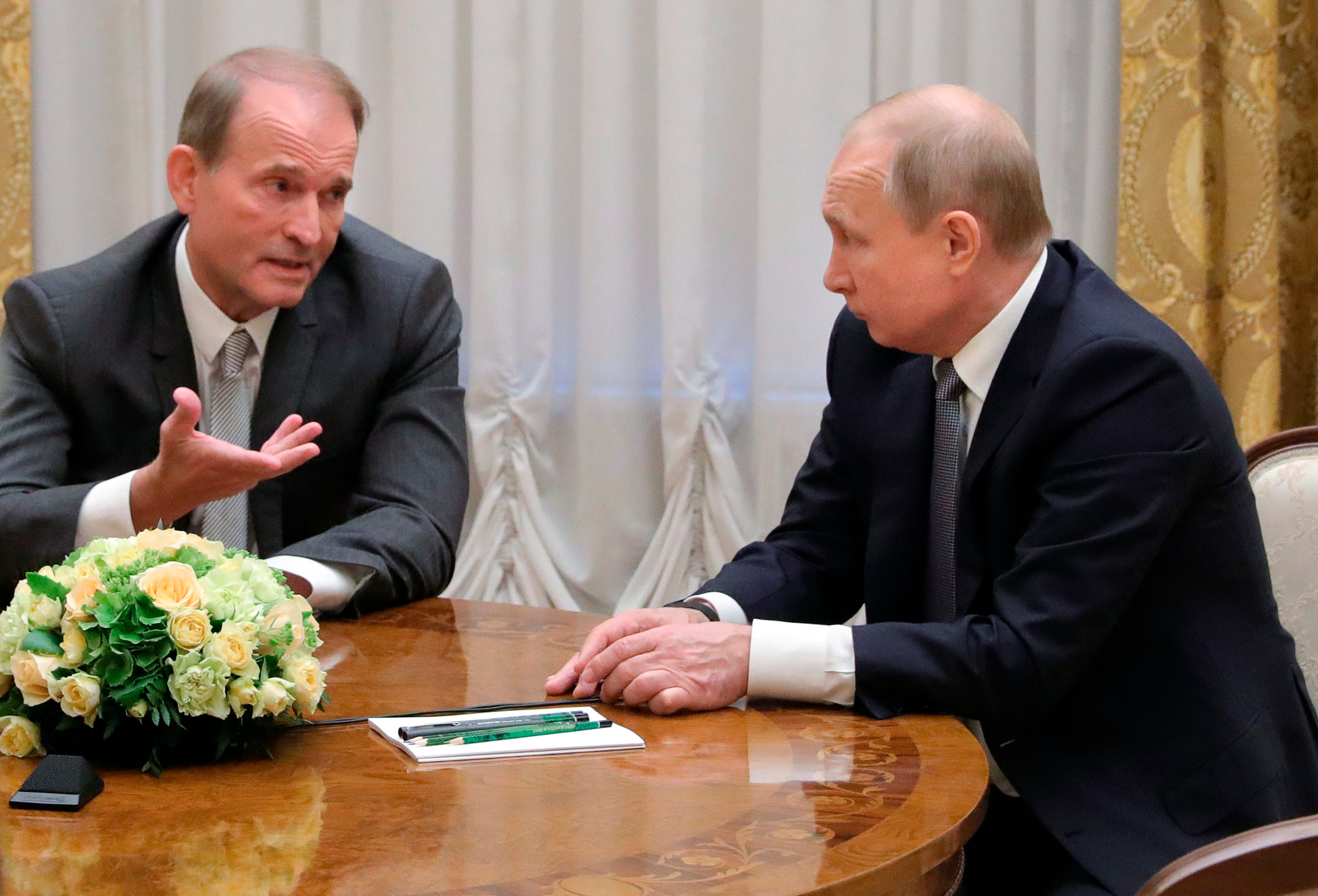 Ukraine charges Putin ally Medvedchuk with treason 2