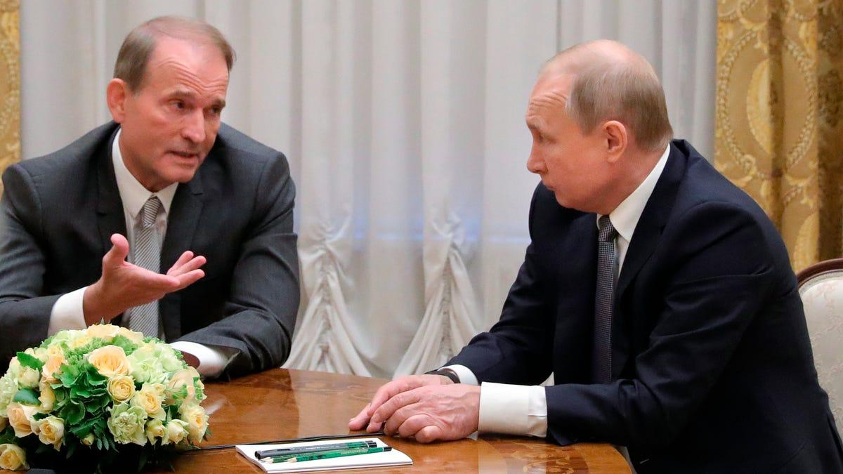 Ukraine charges Putin ally Medvedchuk with treason 3