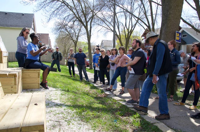 From May 15 through June 15, 2021, Jane's Walk MKE is organizing community-led in-person walking tours and explorations.