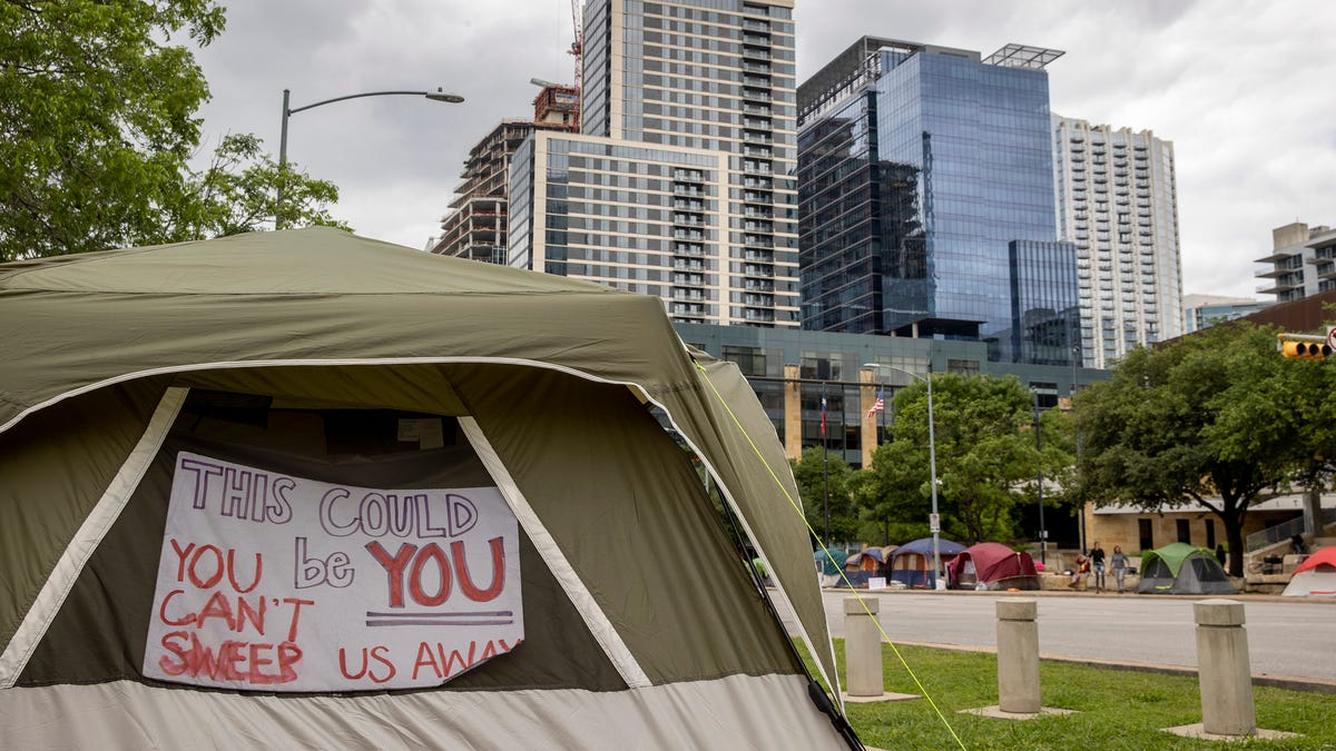 Tourism, safety concerns spurred Austin's elite to support camping ban PAC in Prop B race