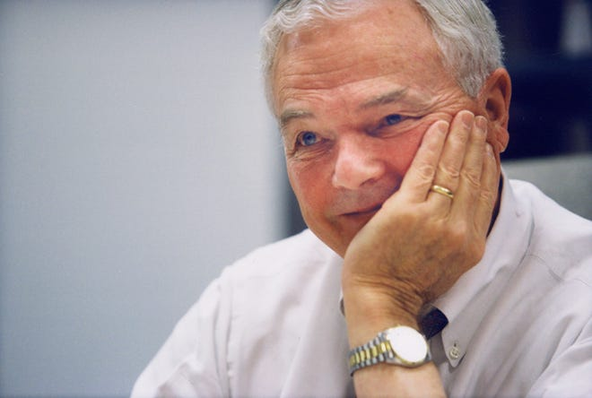 """Bob Abernethy, executive editor and host of the PBS program """"Religion & Ethics NewsWeekly,'' died this month at 93."""
