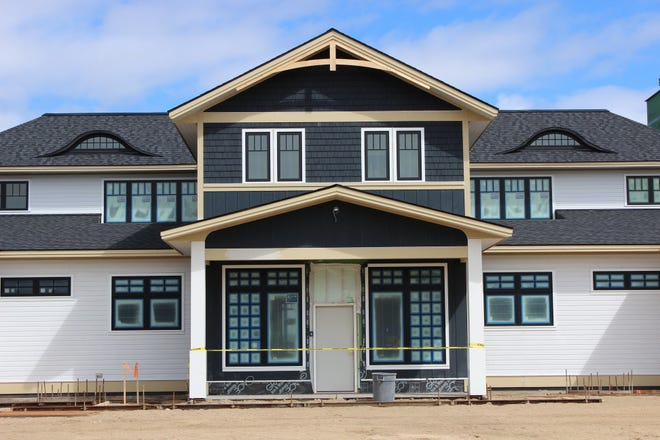 The new clubhouse will have a public event venue on Lake Charlevoix