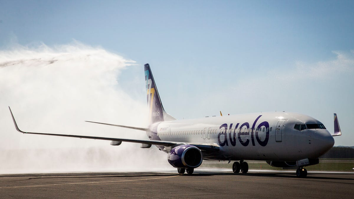 Eugene Airport welcomes new airline Avelo with nonstop service to Hollywood Burbank Airport
