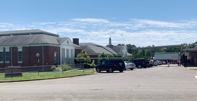 The current Hokes Bluff Elementary School is in five different buildings only connected by a walkway.