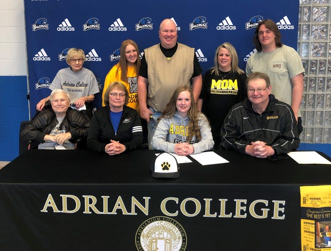 Harper Creek golfer Lauren Reed has committed to play at Adrian College. She was joined by  her coaches and family at a signing ceremony at Harper Creek on Tuesday.