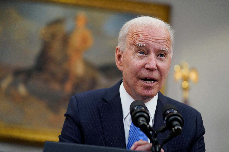 Biden pledges aggressive response to pipeline cyberattackers 2