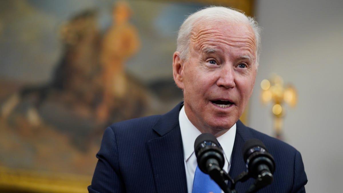 Biden pledges aggressive response to pipeline cyberattackers 3