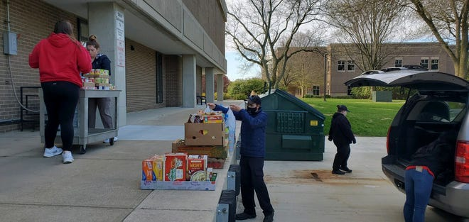 Sakamura, USA, Inc. recently delivered a donation of 600 pounds of food to the Morrill Hall loading dock on the Ohio State Marion/MTC campus.