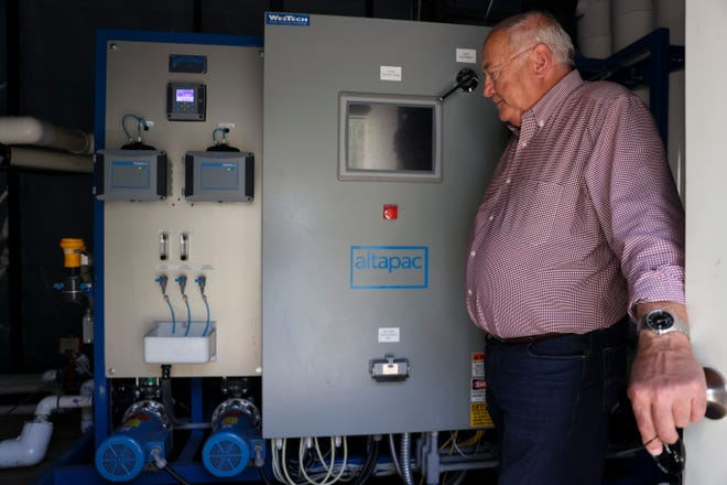 Detroit Mayor Jim Trett shows the temporary membrane water filtration system in Detroit, Oregon on Tuesday, May 11, 2021.