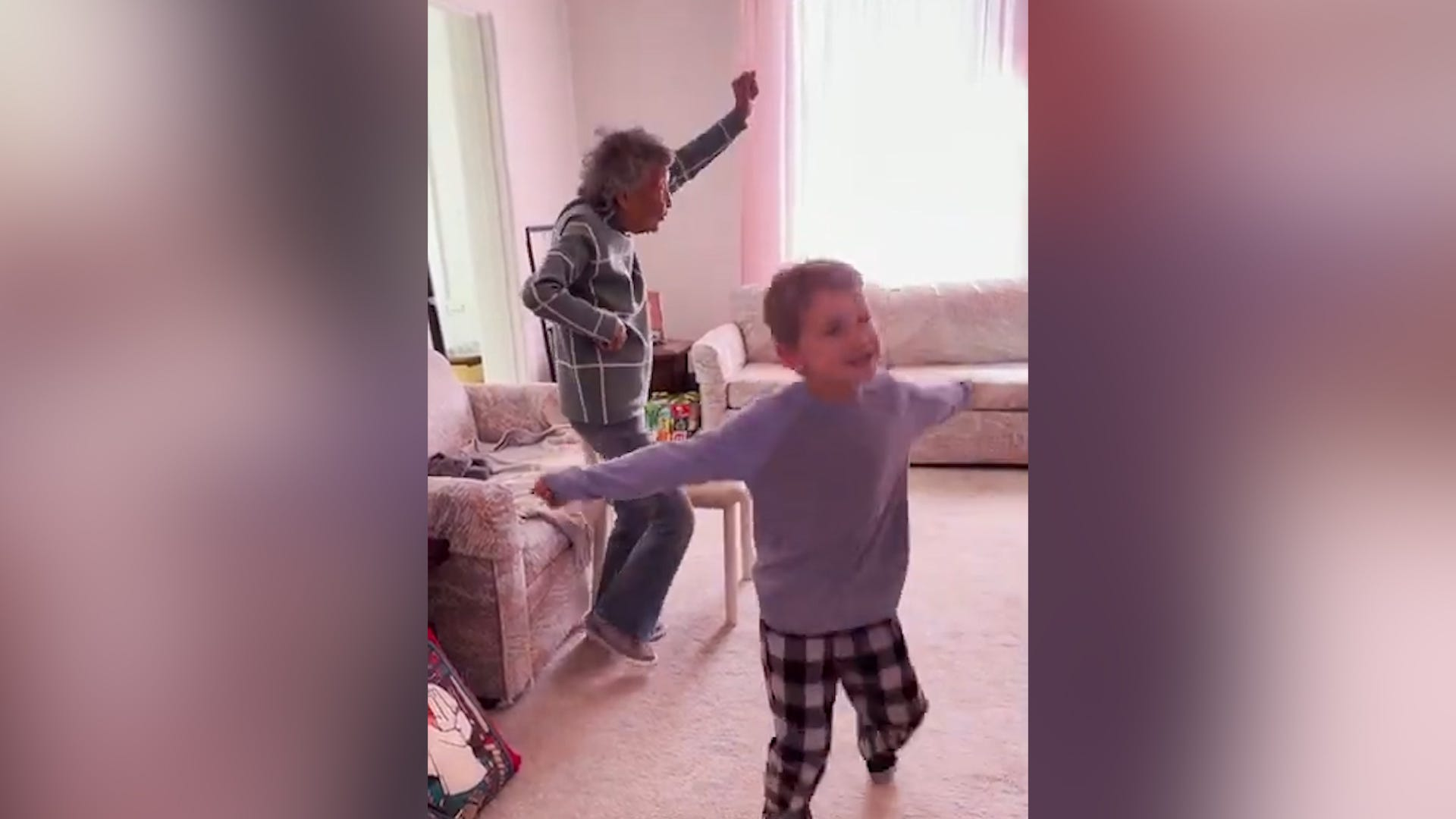 102-year-old joins great-grandson's gym class