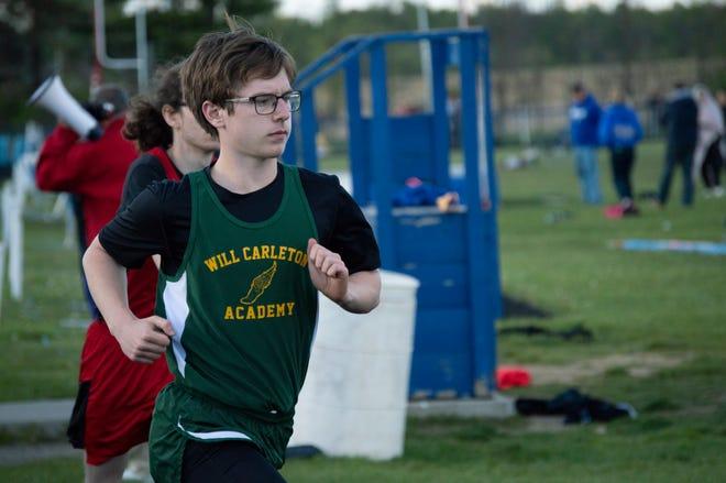 Freshman James Vancamp competing in the 800 meter run