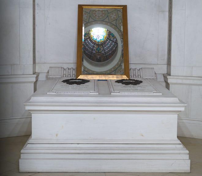 Tumba de Henry Flagler en la Iglesia Memorial Presbiteriana en la calle Sevilla en San Agustín.