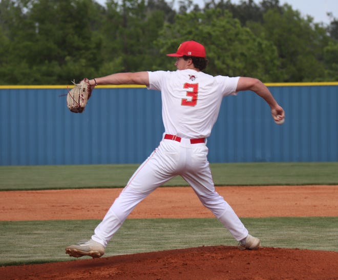 Dale right-hander Carson Hunt (3) fires a pitch against Hartshorne Thursday in the first round of the Class 2A State Baseball Tournament at Dolese Park in Oklahoma City.