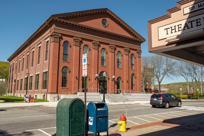 The renovated Fitchburg City Hall, its surroundings markedly different than those at the time of its opening in 1853.