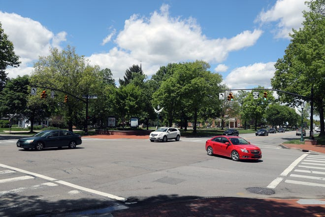 The intersection of North High Street and Dublin-Granville Road in Worthington is shown May 11. Columbia Gas of Ohio has a scheduled projectto upgradegas-line infrastructure north of the intersection that will affectapproximately 140 customers in Worthington, according to company officials.