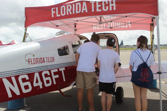 Eau Gallie High students get glimpse of educational pathways from Florida Tech