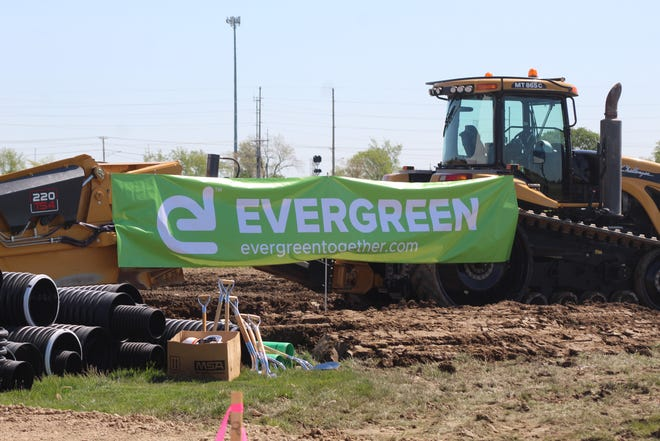 Evergreen celebrated a groundbreaking ceremony at its Clyde facility Thursday. The company is expanding at the facility with a 55,000 square foot addition planned to add to Evergreen's existing 235,000 square foot recycling plant.