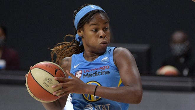 Chicago Sky forward Ruthy Hebard sets up a play during the first half of a WNBA basketball first round playoff game against the Connecticut Sun, Tuesday, Sept. 15, 2020, in Bradenton, Fla. (AP Photo/Phelan M. Ebenhack)