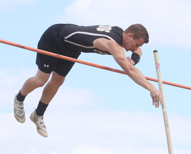 Max Stokey of Perry — in action during the Federal League Championships at GlenOak High School — won a Division I regional title in the pole vault Wednesday.