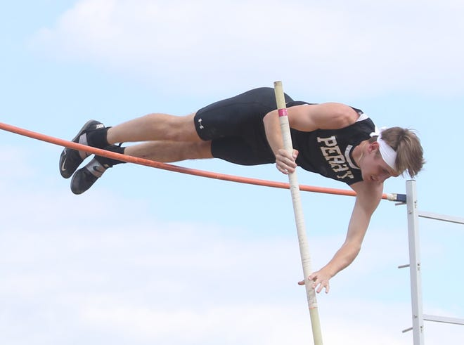 Perry pole vaulter Jagger Foxx competes at last week's Federal League Track and Field Championships.